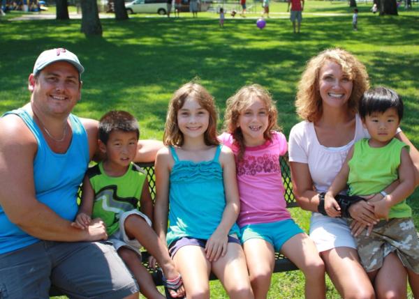 Scott Sattan and Susan Sattan and family