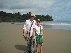 Suzan Haskin and Dan Prescher on the beach at Playa Ballena